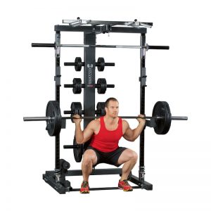 bodybuilder training his lower body