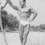 Jack-lalanne flexing his muscles