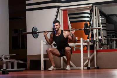 man training his legs intensely