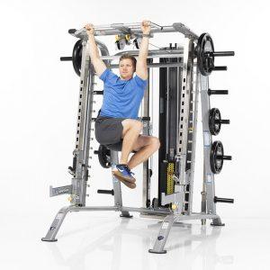 man training his ab muscles with leg raises